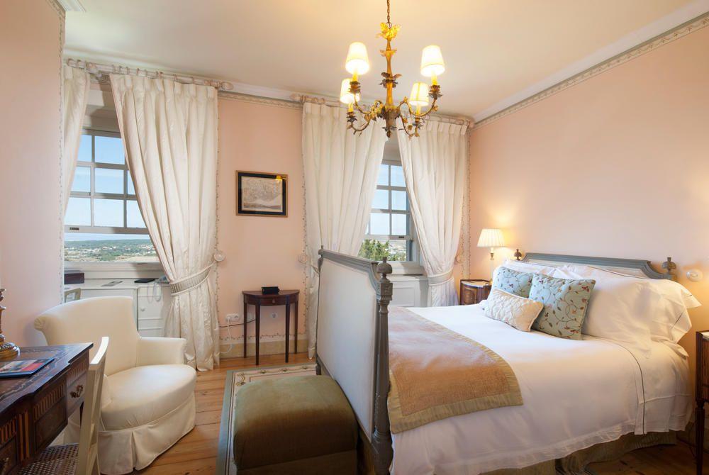 Superior double room with valley view, Tivoli Palácio de Seteais, Sintra