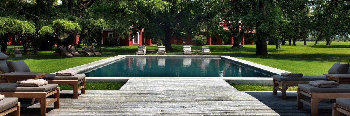 Swimming pool, Estancia La Bamba de Areco, Buenos Aires