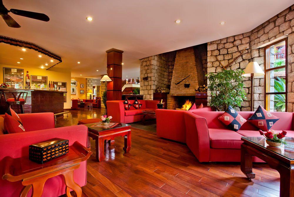 Ta Fin Bar, Victoria Sapa Resort & Spa, Lao Cai Province