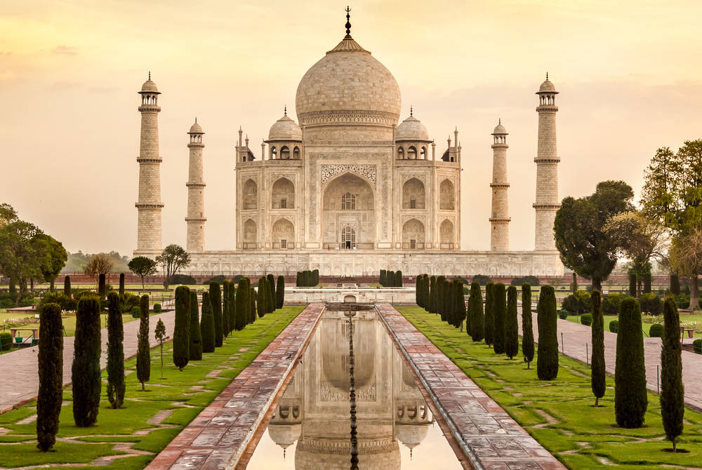 Taj Mahal at sunrise, Agra