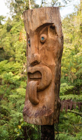 Maori statue at Te Waonui Forest Retreat
