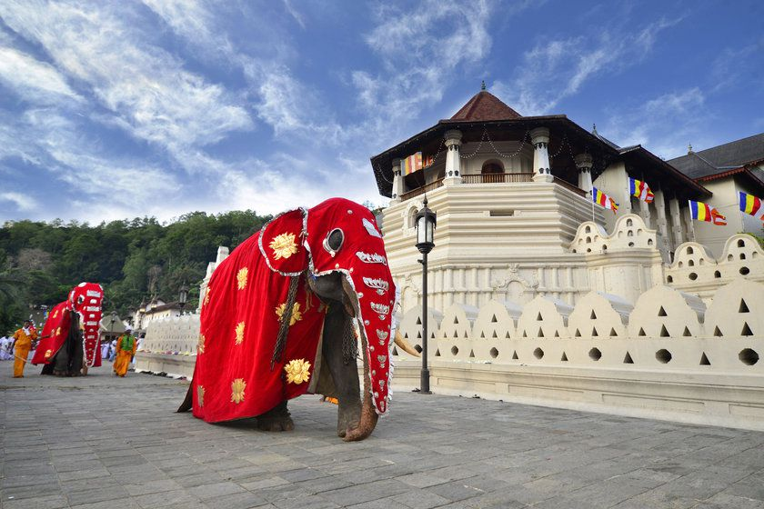 Temple of the Tooth of Buddha, Kandy