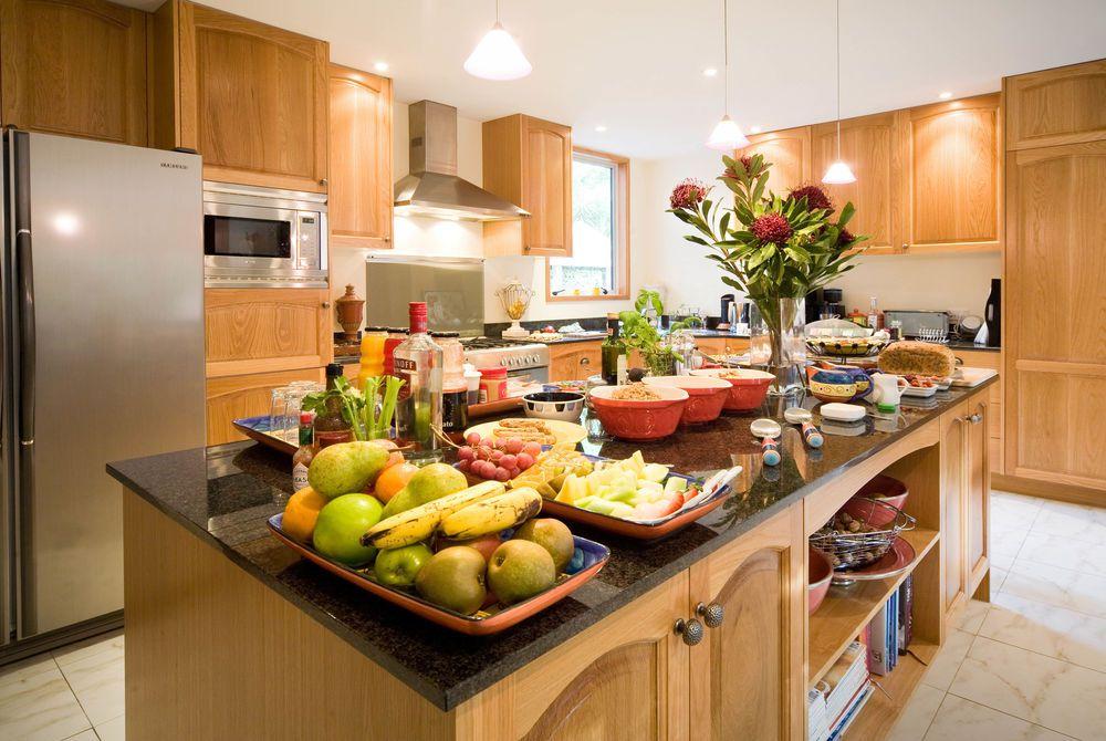 The Classic Villa kitchen at breakfast, New Zealand