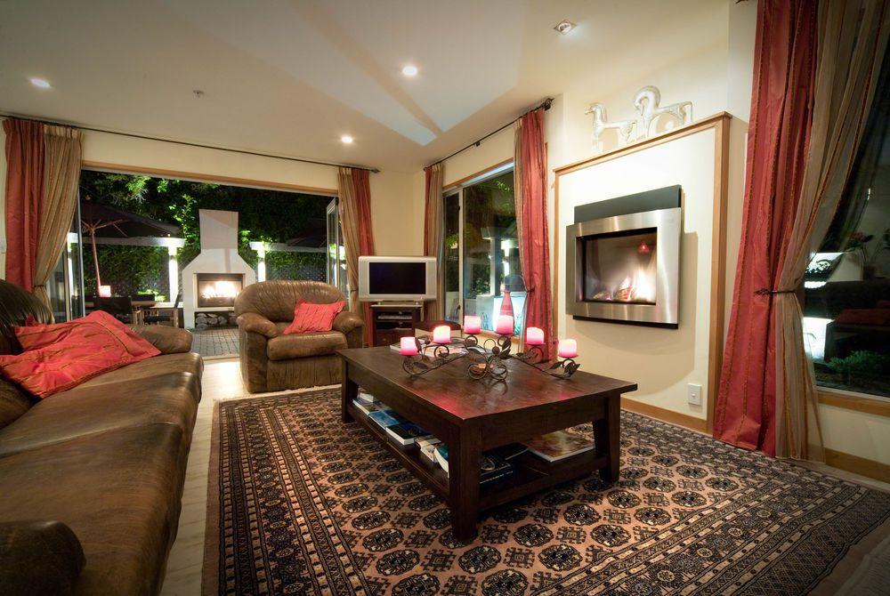 The Classic Villa lounge, New Zealand