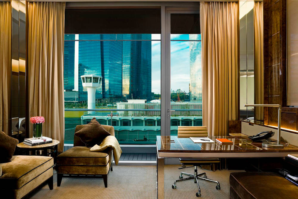 Deluxe Room, The Fullerton Bay Hotel, Singapore