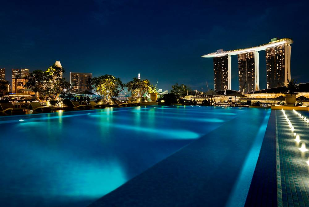 Rooftop pool, The Fullerton Bay Hotel, Singapore