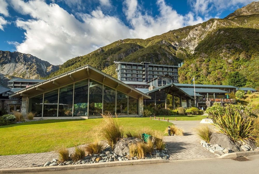 The Hermitage in summer, New Zealand