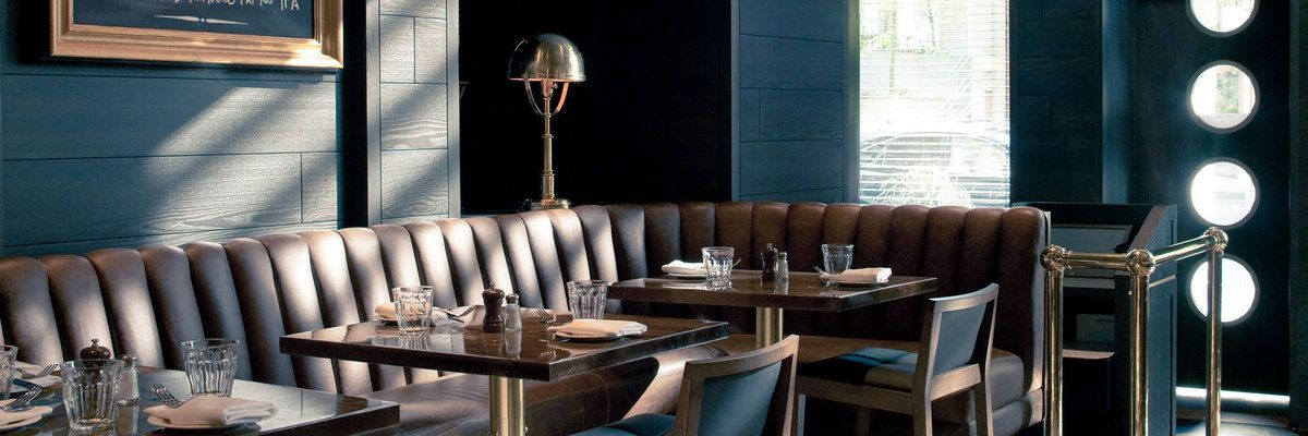 Restaurant and bar at The Loden