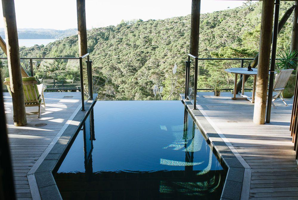 The Sanctuary infinity pool, New Zealand