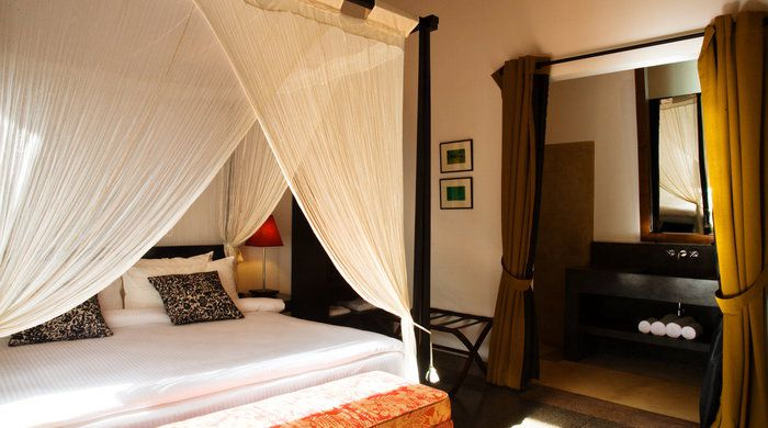 Bedroom Suite, The Wallawwa, Colombo