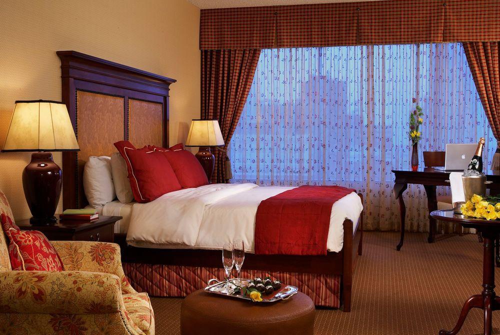 The Worthington Rennaissance Fort Worth Hotel