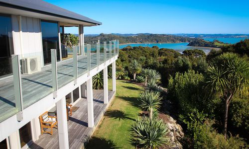 Tiki Tiki Ora balcony view, New Zealand