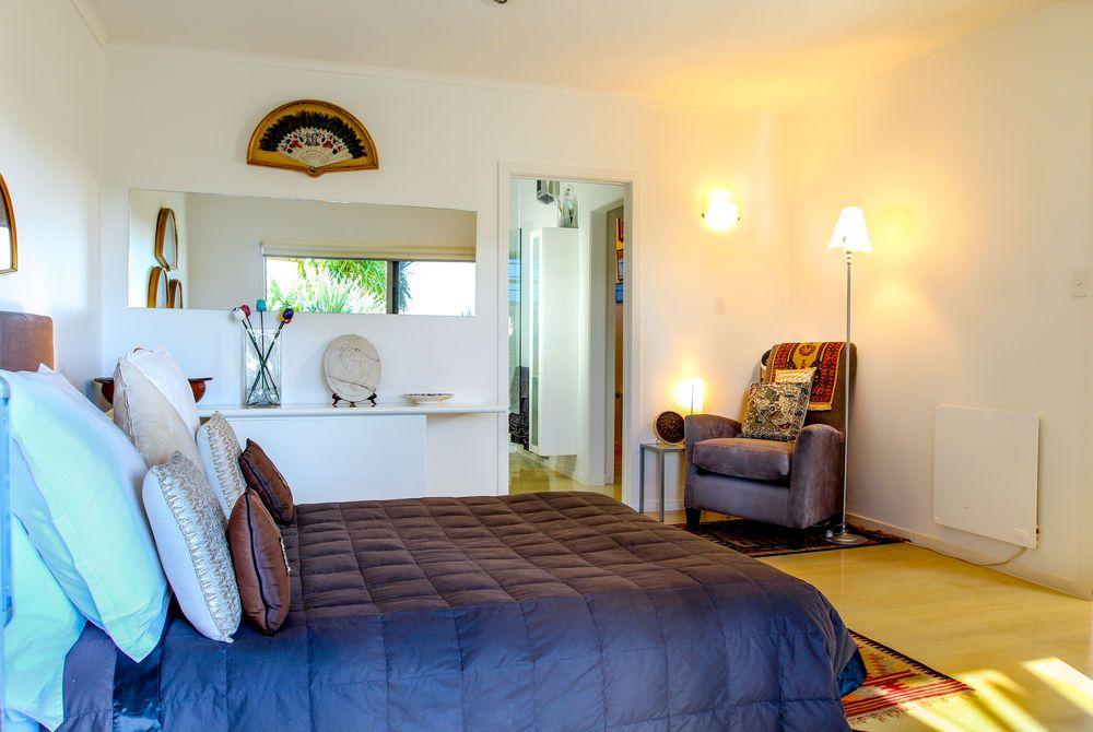 Tiki Tiki Ora bedroom, New Zealand