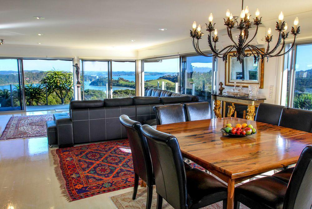 Tiki Tiki Ora dining room, New Zealand