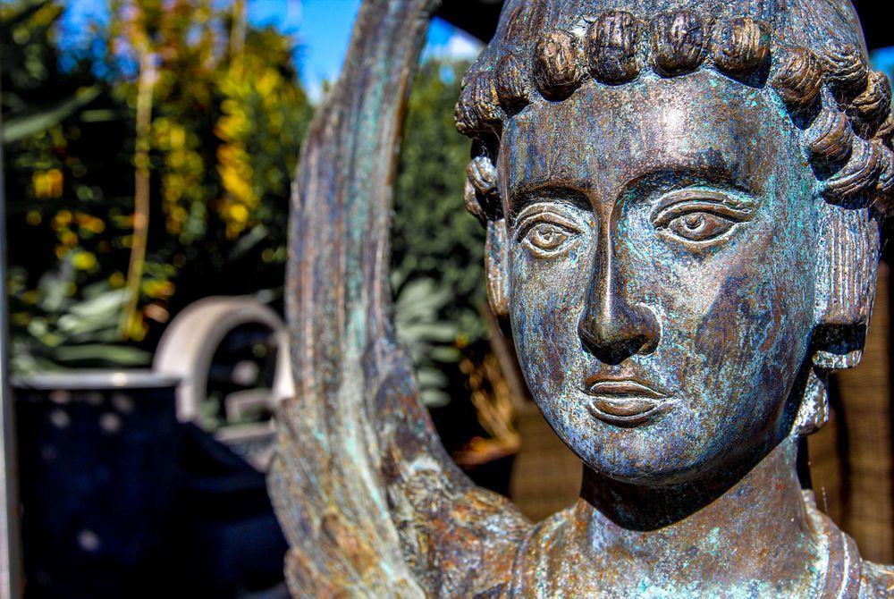 Tiki Tiki Ora garden statue, New Zealand
