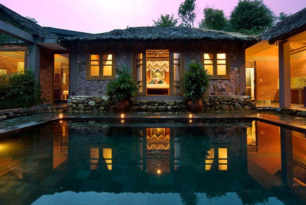 Traditional Vietnamese Pool House, Pilgrmiage Village, Hue, Vietnam