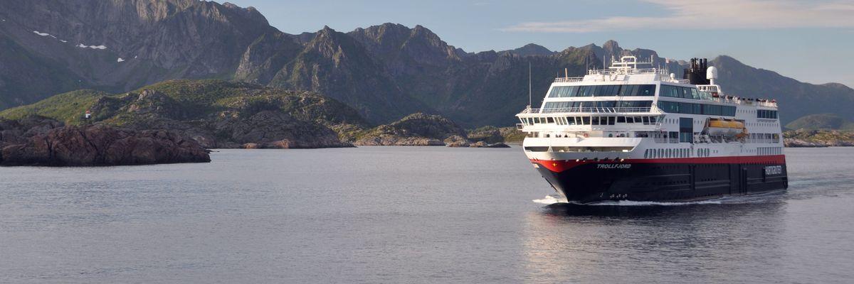 The Northwest Passage Hurtigruten 2019 The Luxury Cruise Company