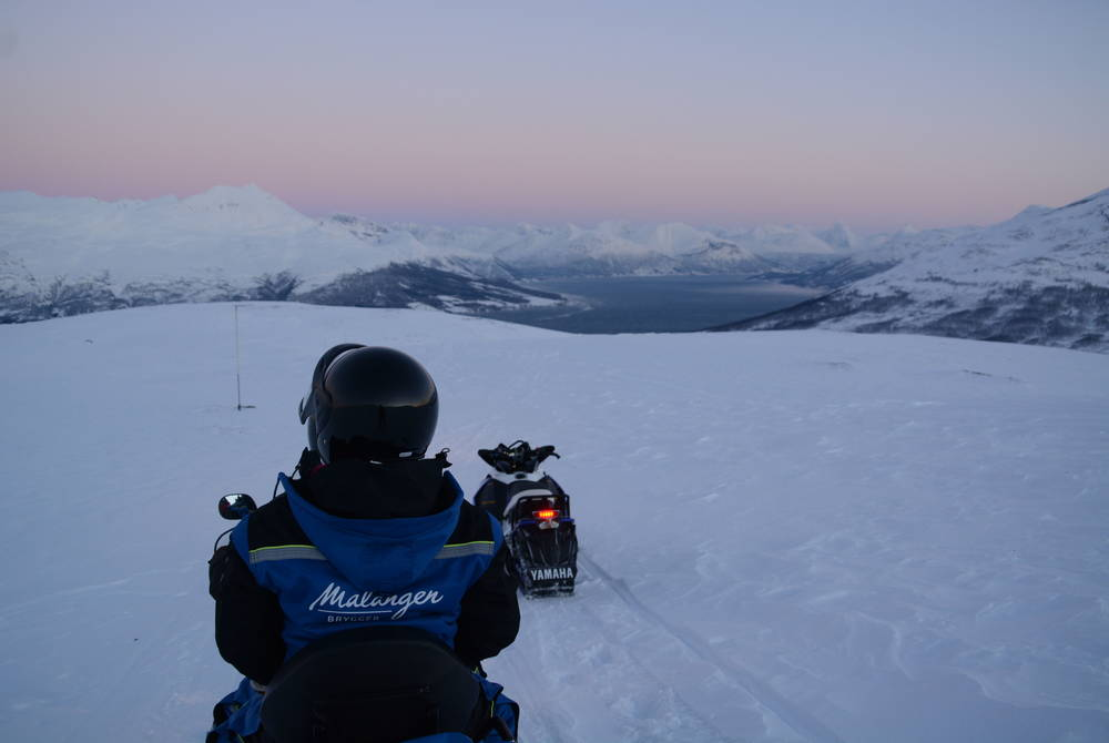 Snowmobiling at Malangen Resort