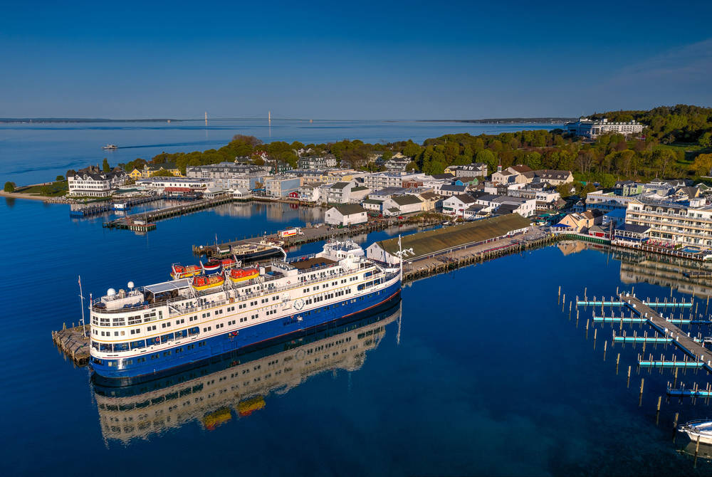 M/V Victory I at Mackinac Island