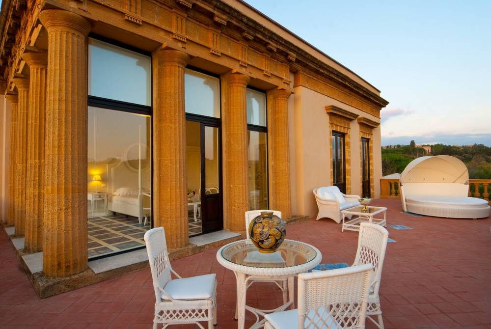 Villa Athena, Sicily
