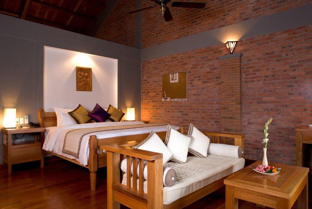 Villa Deluxe, Pilgrmiage Village, Hue, Vietnam