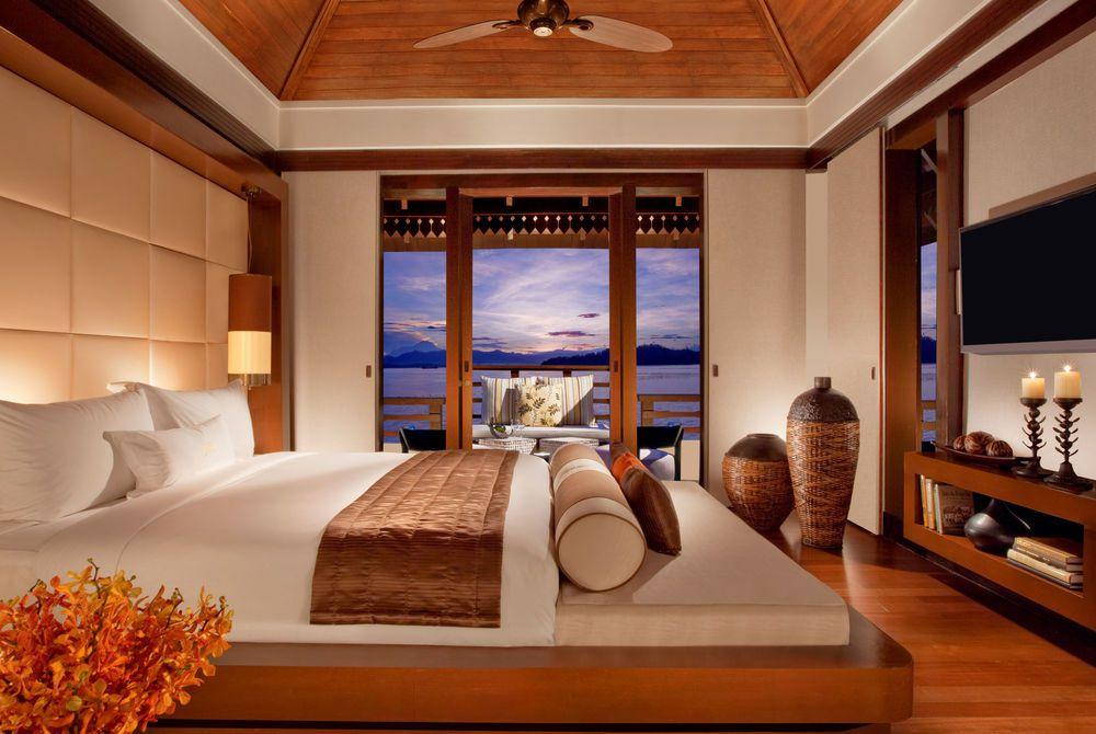 Villa Interior, Gaya Island Resort