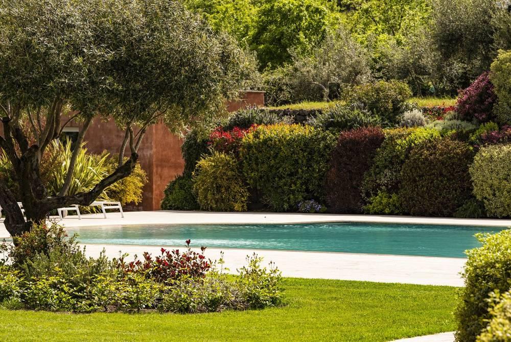 Villa Neri swimming pool & gardens