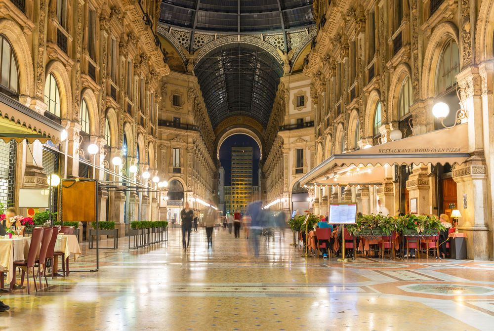 Vittorio Emanuele II, Milan
