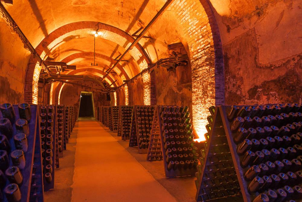 Champagne caves, Épernay