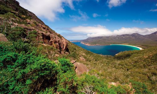 Wineglass Bay, Freycinet, Tasmania, Australia