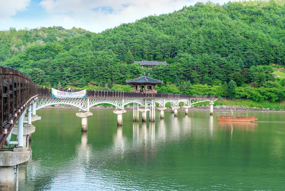 Wolyeonggyo Bridge, Andong