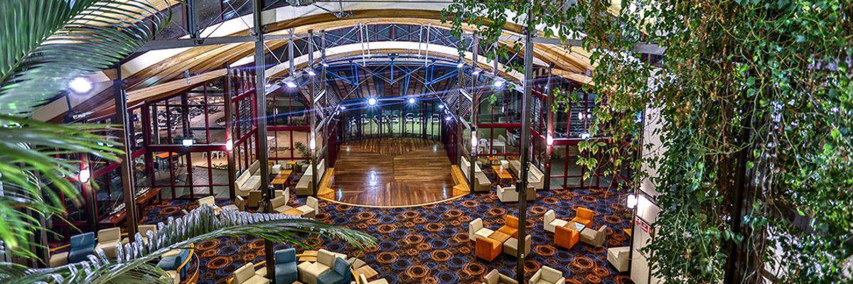 Kingfisher Bay Resort reception