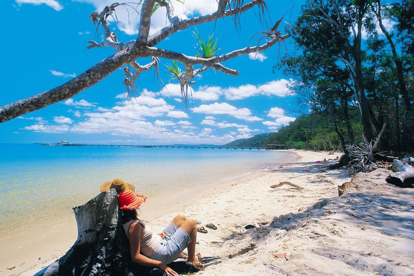 Kingfisher Bay Resort, Fraser Island beach