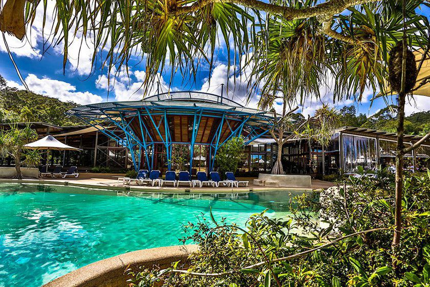 Kingfisher Bay Resort pool