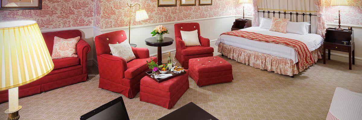 Grand deluxe bedroom