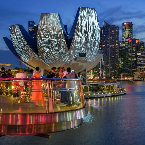 Discover the Singapore Bicentennial