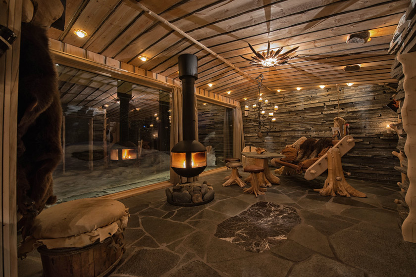 Husky lodge