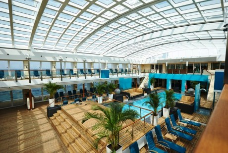 Pool deck - Europa 2