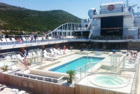 Oceania Riviera Pool Deck