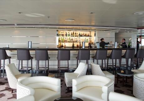 Regent Seven Seas Voyager Observation Lounge