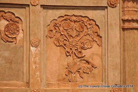 Close up of carving - Rang Ghor