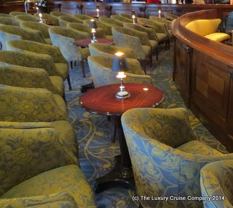 Main Lounge, Nautica