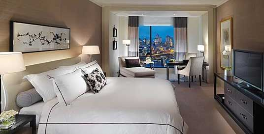 Crown Towers room
