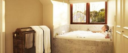 Clovelly spa