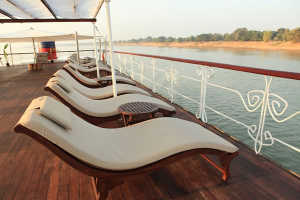 sundeck on the Jayavarman