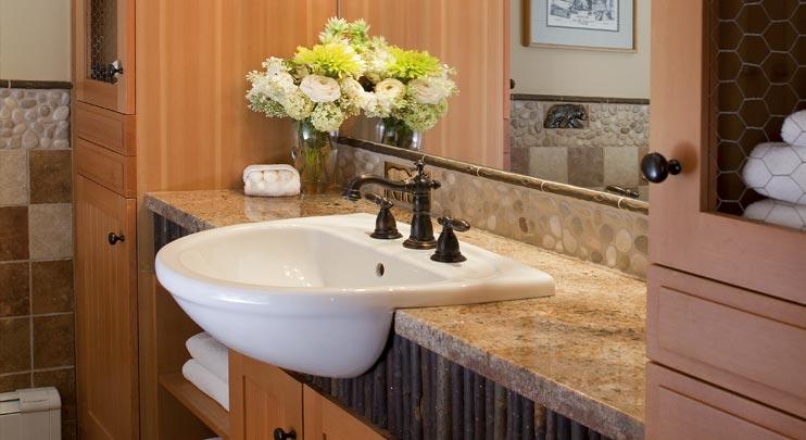 Bathroom, Morain Lake Lodge