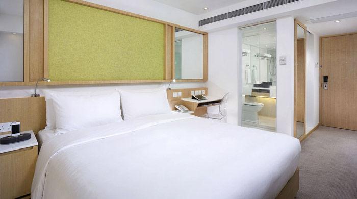Deluxe Room, Eaton Hong Kong