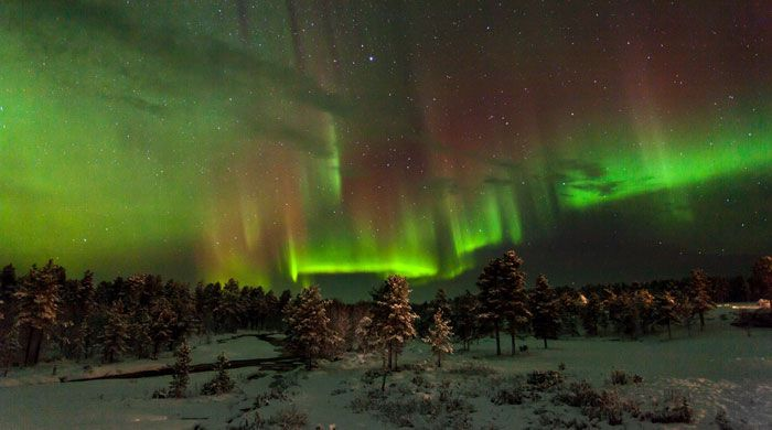 northern lights deals with large themes Northern lights holidays if you're one of the many people dreaming of catching a glimpse of the awe-inspiring northern lights, you are going to need to plan the celestial light show is a spectacle unlike any other on earth, and to get a good view you need solid organisation and a healthy dose of luck.