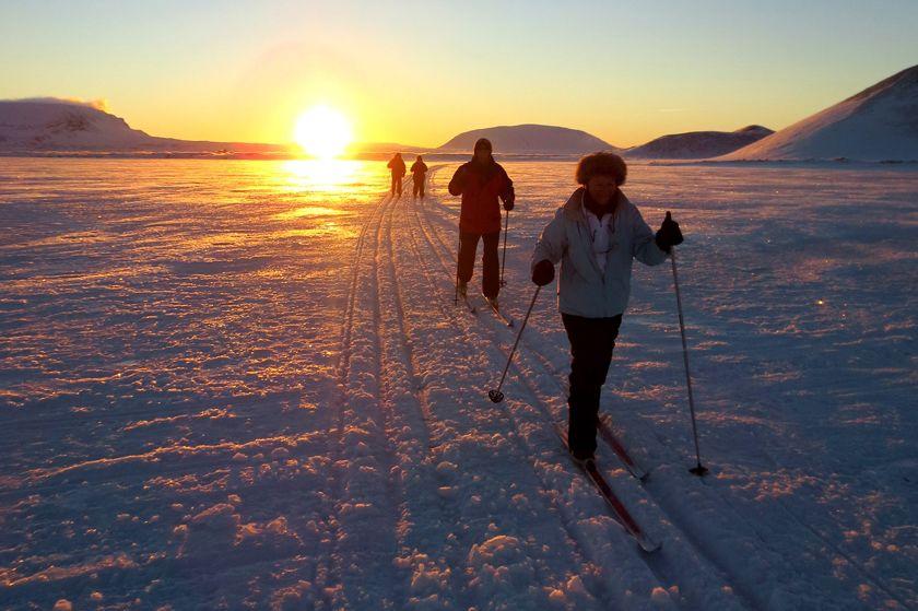 Cross country skiing at Lake Myvatn