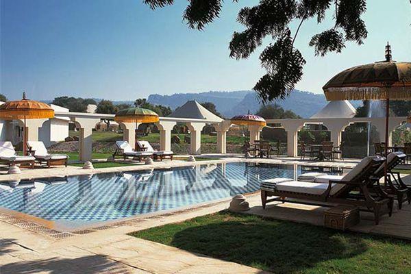 The Oberoi Vanyavilas, Pool